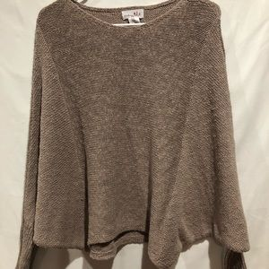 Shrinking Violet Dolan sleeve crop sweater size S